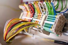 Un bon nombre de câbles de réseau Image stock