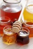 Un bon nombre de miel photographie stock libre de droits