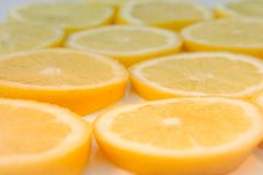 Un bon nombre de tranches de citron Photographie stock