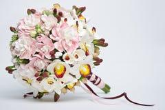 Un bouquet des fleurs faites d'acrylique Images stock