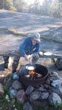 Un buon posto del fuoco in piccole isole in Finlandia Fotografia Stock Libera da Diritti