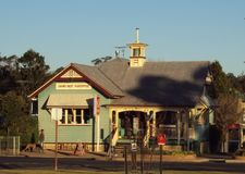 Un bureau de poste australien régional de style de fédération au Queensland photo stock
