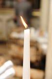 Un burning lungo della candela Fotografia Stock Libera da Diritti