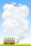 Un bus arancio che emette fumo royalty illustrazione gratis