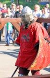 Un caballero medieval antes de una batalla Imagen de archivo
