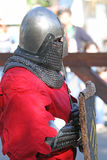 Un caballero medieval que tiene un resto Foto de archivo libre de regalías