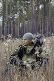 Un cacciatore con una balestra Fotografia Stock