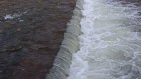 Un cadre de la beauté part5 de rivière de Blagoevgrad Bistrita dans Blagoevgrad la route à Bachinovo clips vidéos