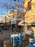 Un café d'air ouvert d'île touristique de Cunda Alibey de ville, Ayvalik C'est une petite île en mer Égée du nord-ouest, outre de image libre de droits