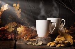 Un caffè di cottura a vapore 2 di due tazze fotografia stock libera da diritti
