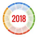 un calendario di 2018 cerchi Modello della stampa La settimana comincia domenica Orientamento del ritratto Un insieme di 12 mesi  Fotografie Stock Libere da Diritti