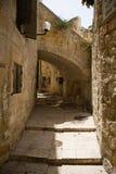Un callejón en la ciudad vieja de Jerusalén Imagen de archivo libre de regalías