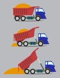 Un camión descarga el cargo en serie Foto de archivo libre de regalías