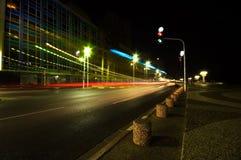 Un camino en la noche Foto de archivo libre de regalías