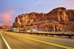 Un camino a la exploración en el desierto de Gobi Fotos de archivo