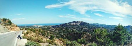 Un camino solo en Rodas Foto de archivo libre de regalías