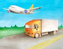 Un camion arancio con un corpo grigio porta il carico su una strada asfaltata dopo il prato e su un legno sull'orizzonte di estat illustrazione di stock