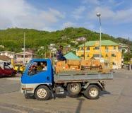 Un camion a chargé avec la cargaison dans les Caraïbe Images stock
