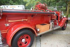 Un camion de pompiers antique photo libre de droits