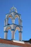 Un campanario de una iglesia de la iglesia fotos de archivo libres de regalías