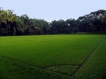 Un campo di calcio vuoto Fotografia Stock Libera da Diritti