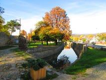 Un canal entourant la forteresse Photo libre de droits