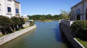 Un canale della città a Huntsville Immagini Stock