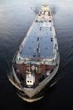 In un canale navigabile Fotografia Stock Libera da Diritti