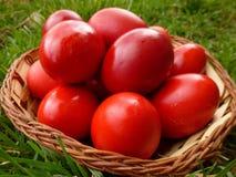 Un canestro sano di Pasqua immagine stock libera da diritti