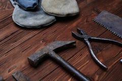 Un carpenter& x27 ; outil de bricolage de s Image libre de droits