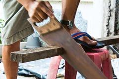 Un carpentiere sul lavoro. Fotografia Stock Libera da Diritti