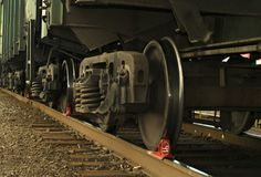 Un carretón del primer del railcar de la carga, con la zapata foto de archivo libre de regalías