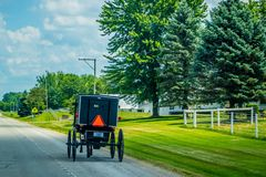 Un carro con errores con el carro bajo-rodado ligero en Shipshewana, Indiana imagen de archivo libre de regalías