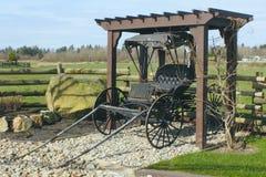 Vecchio carrozzino antico Immagini Stock Libere da Diritti