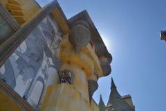 Un castello nel parco di divertimenti Fotografie Stock Libere da Diritti