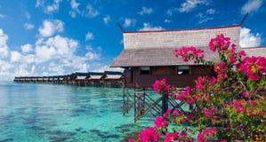 Un centro turístico exótico de la isla artificial de Kapalai Imágenes de archivo libres de regalías