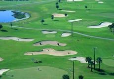 Un centro turístico del campo de golf Fotografía de archivo libre de regalías