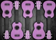 Un certain nombre de guitares acoustiques à l'arrière-plan Écrivez le texte photo libre de droits