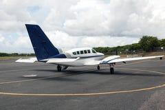 Un Cessna plano alista para sacar Fotografía de archivo libre de regalías