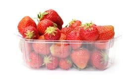 Un cestito de fresas Fotos de archivo libres de regalías