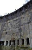 Un château ruiné : mur avec des embrasures Photo libre de droits