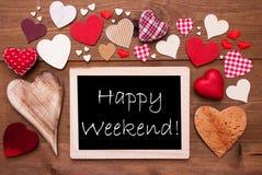 Un Chalkbord, beaucoup de coeurs rouges, week-end heureux Photo stock