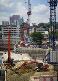 Un chantier de construction au district des affaires Image stock