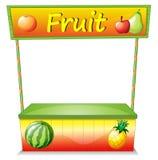 Un chariot en bois de fruit Image stock