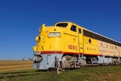 Un chemin de fer occidental d'années '50 dans le Grandes Plaines images stock
