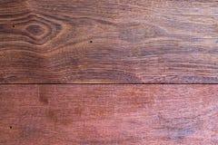 Un cierre encima de la sección del fondo rojo aromático de Cedar Lumber Wooden foto de archivo libre de regalías