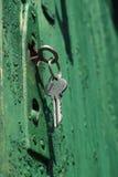 Un clave y un bloqueo Imagenes de archivo