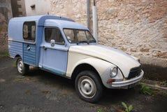 Un coche viejo de Citroen imágenes de archivo libres de regalías