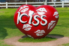 Un coeur avec le baiser de la bouche Photographie stock libre de droits