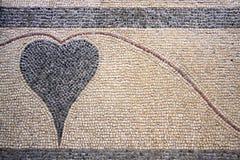 Un coeur conçu avec des pierres Image libre de droits